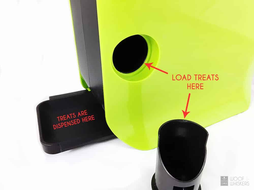 SmartPult treat dispenser